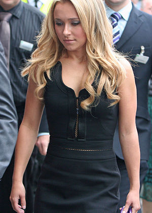 Hayden Panettiere - Panettiere in London, 2007