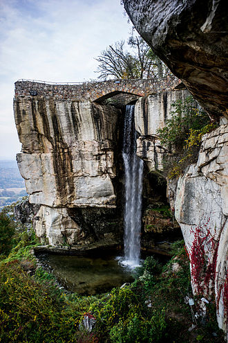 Rock City (attraction) - View of The High Falls of the Lookout Mountain