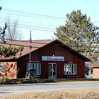 Highlands East, Ontario - Town Hall in Cardiff