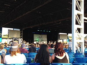 Hollywood Casino Amphitheatre (Maryland Heights, Missouri) - Hollywood Casino Amphitheatre in 2017