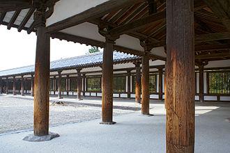 Entasis - Entasis columns at Hōryū-ji, Japan