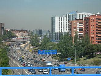 Autopista de Circunvalación M-30 - Image: Hospital Ry C 15