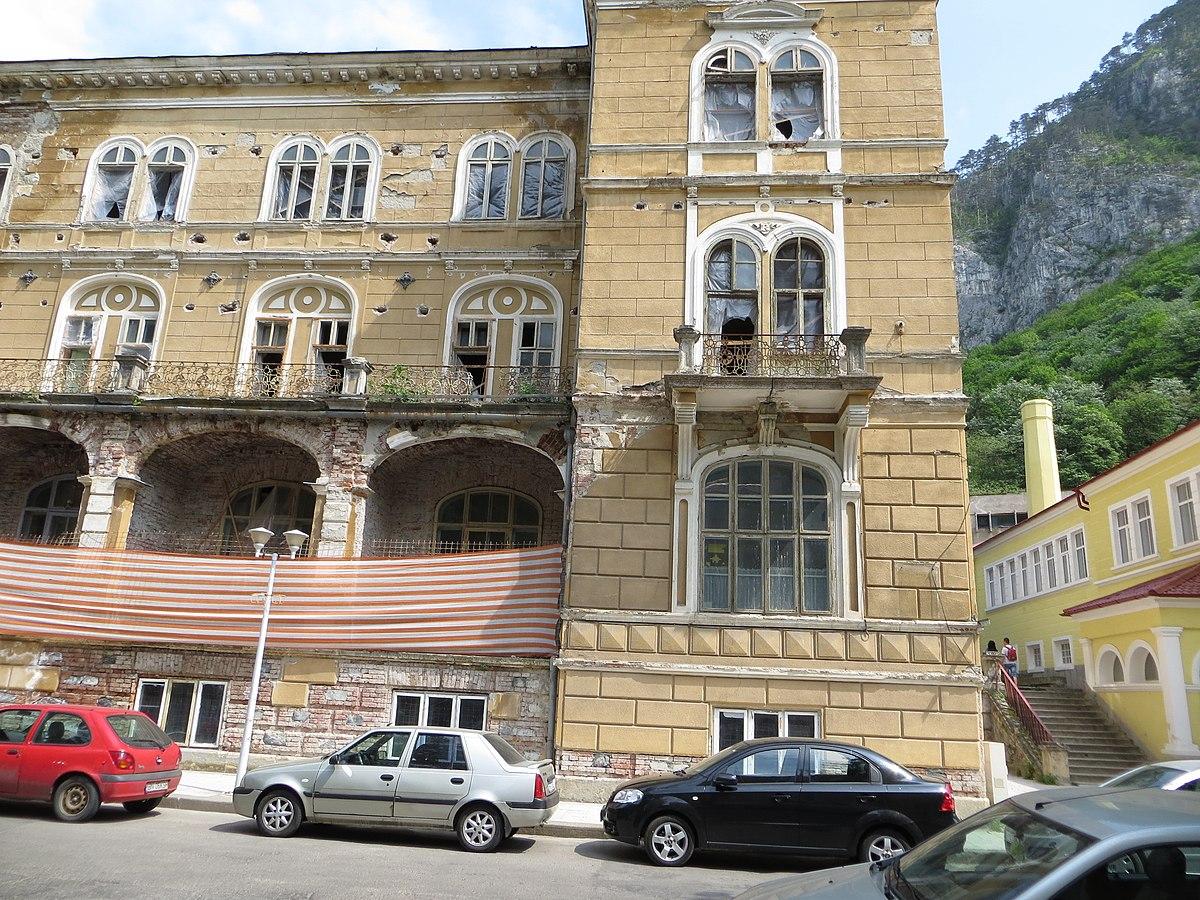 File:Hotel Traian Herculane (6).JPG - Wikimedia Commons