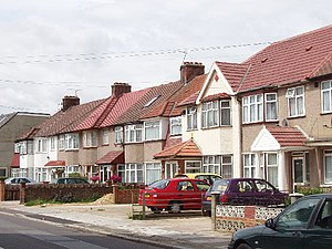 Dormers Wells - Image: Houses on Allenby Road, Dormer's Wells geograph.org.uk 22995