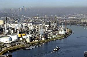 English: HOUSTON, Texas (Dec. 11)--The Port of...