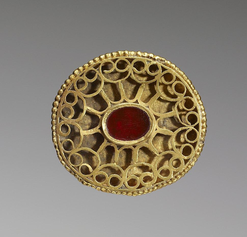 Hunnish - Fibula - Walters 57558