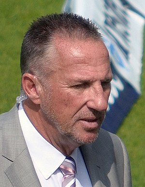 Ian Botham - Botham prior to the 3rd day of the 1st Test of the 2013 England v Australia Ashes series