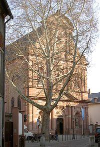 Ignazkirchenfassade.jpg