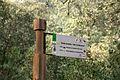 Indicador de ruta (14 de abril de 2017, Parque Natural de las Batuecas y Sierra de Francia) 03.jpg