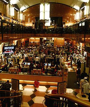 Century 21 (department store) - Inside Century 21