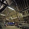 Interieur, Vlaamse schuur, overzicht met houten kapconstructie - Breda - 20383137 - RCE.jpg