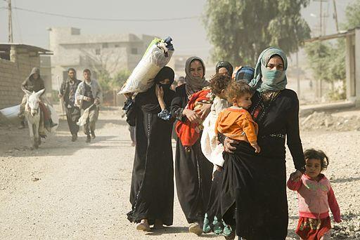 https://commons.wikimedia.org/wiki/File:Iraq_IDP_Crisis_refugees_in_Mosul,_Northern_Iraq,_Western_Asia._06_November,_2016.jpg