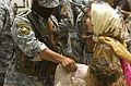 Iraqi police deliver food to Zuwarijat DVIDS101363.jpg
