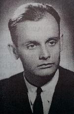 https://upload.wikimedia.org/wikipedia/commons/thumb/9/9c/Ivan_Djakov_1945_LZ1XX.jpg/150px-Ivan_Djakov_1945_LZ1XX.jpg
