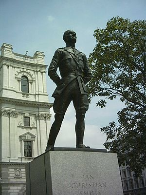 Jacob Epstein - Jan Smuts in Parliament Square, London