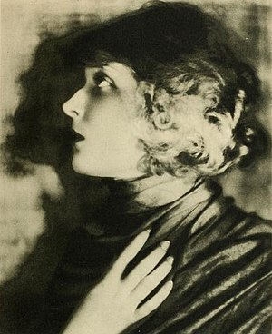 Jane Novak - Publicity photo of Jane Novak from Stars of the Photoplay (1924)