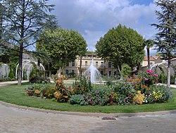 Map of salon de provence the full wiki - Location a salon de provence ...