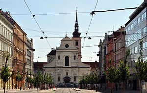 Church of St. Thomas (Brno) - Joštova Street ends by the western facade of the church