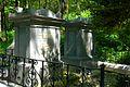 Josefsdorfer Waldfriedhof Gruft des Fürsten DE LIGNE.jpg