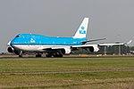 KLM Boeing 747-400 PH-BFA (22429135405).jpg