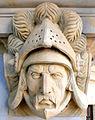 Kamienna Góra, głowa rycerza na południwej elewcji ratusza -Aw58- PA180506.JPG