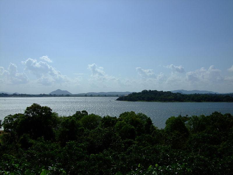 File:KandalamaReservoir-June2008-1.jpg