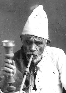 Karim Shireyi and Hookah (Cropped).jpg