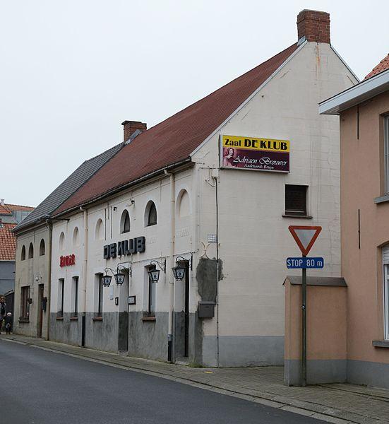 "Thans Café ""De Klub"", vroeger dorpshuisjes, Kwaadstraat 7-9, Zingem"
