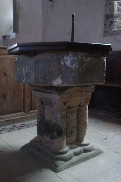 Fonds baptismaux de l'Église de La Feuillie, XIIe