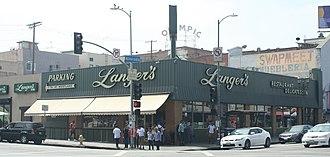 Langer's Deli - Exterior of Langer's Deli, taken from the northwest corner of Alvarado Street
