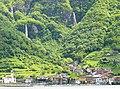 Le cascate di Govine (Pisogne) - panoramio.jpg
