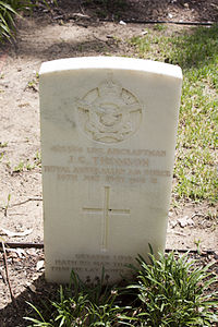 Leading Aircraftman J G Thomson gravestone in the Wagga Wagga War Cemetery.jpg