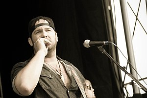 Lee Brice - Brice at Country Throwdown Tour 2011