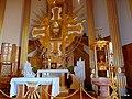 Licheń- Sanktuarium Matki Bożej Licheńskiej. Bazylika widok z wnętrza - panoramio (38).jpg