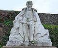 Liré - Statue Joachim du Bellay.jpg