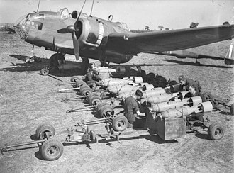 Handley Page Hampden - Hampden in the process of being loaded with bombs by ground crew