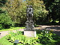 "Lomonosov. Palace and Park Ensemble ""Oranienbaum"". Upper Park. Sculpture ""The Three Graces."".JPG"