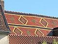 Louhans tuiles toit église.jpg