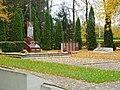 Lukšiai, karių kapinės.JPG