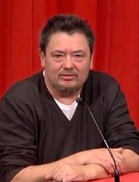 Lutz Dammbeck, November 2015 im Kino des Deutschen Filmmuseums Frankfurt.png