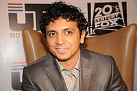 M. Night Shyamalan 2008 - still 40580.jpg