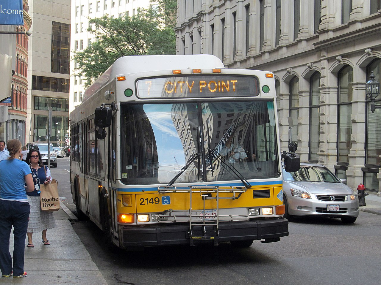 File Mbta Route 7 Bus At Downtown Crossing July 2015 Jpg