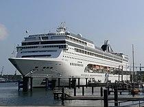 MSC Lirica Kiel.jpg