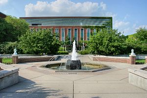 Michigan State University Horticulture Gardens - Image: MSU Water Fountain Behind Plant Biology Lab