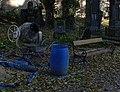 Malostranský hřbitov, míchačka (01).jpg
