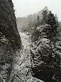 Manínska tiesňava s pokrývkou snehu.jpg