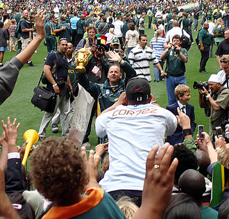 Jake White - Jake White with the William Webb Ellis Cup (2007)