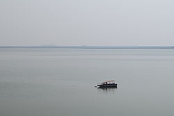 Manair Reservoir, India.jpg