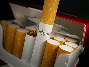 Marlboro (cigarette) - Marlboro cigarettes in package