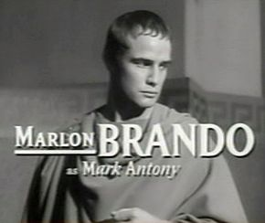 Description de l'image  Marlon Brando in Julius Caesar trailer.jpg.